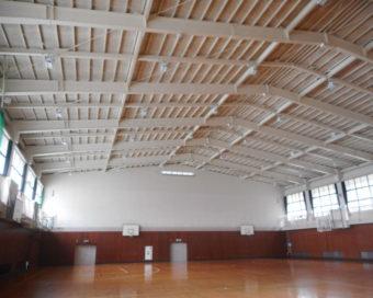 屋内運動場 天井撤去・やり替え工事
